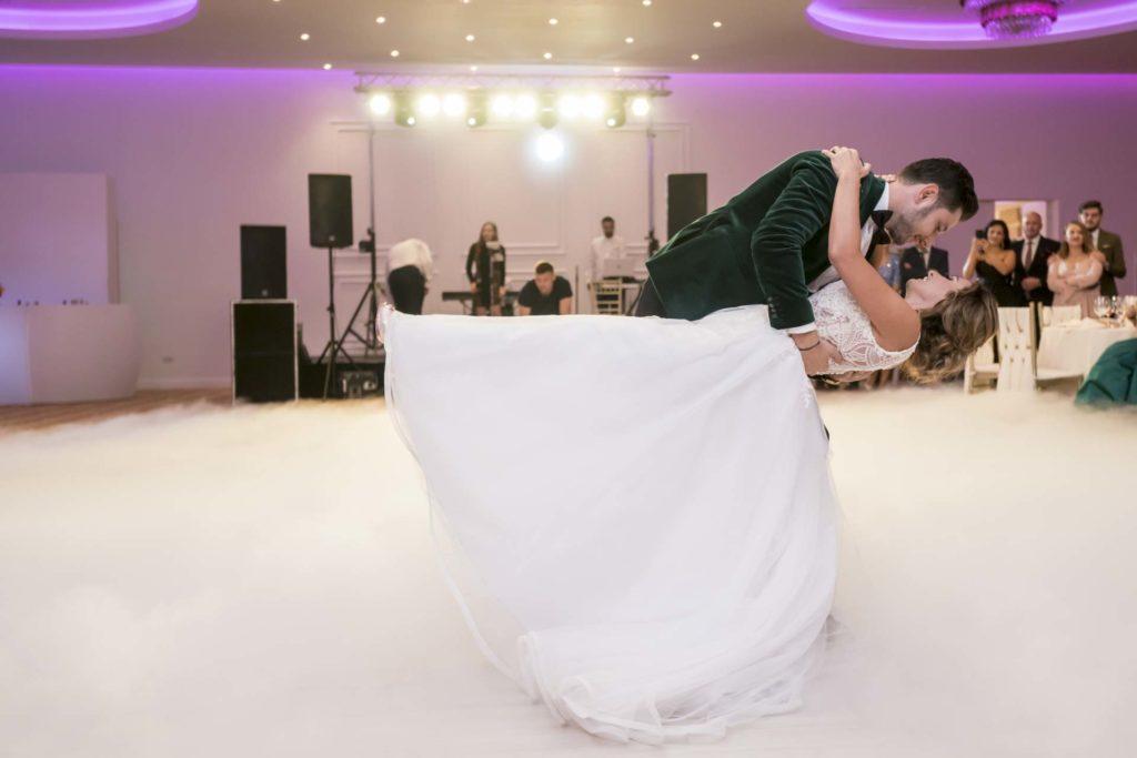 caut fotograf nunta