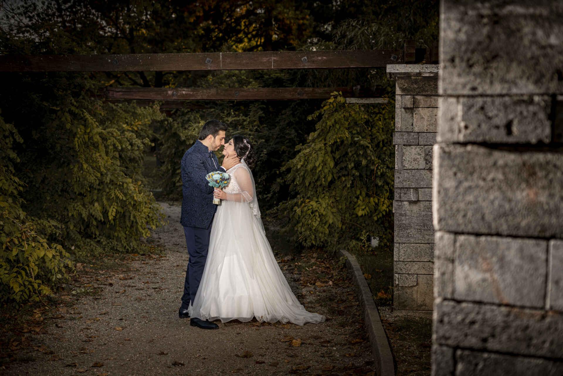 Cauta? i o nunta de femeie cu fotografie Site serios de dating fara abonament
